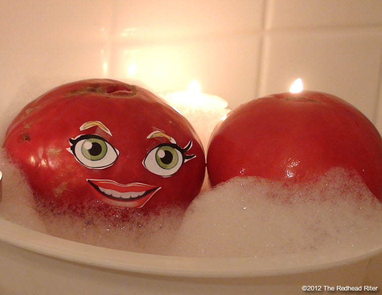 naked tomato couple bubble bath 1