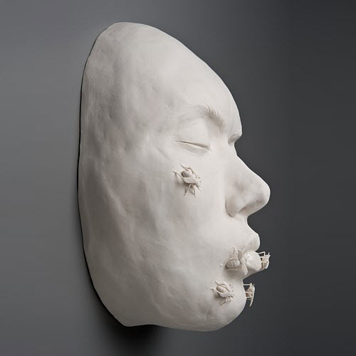 Kate MacDowell porcelain goodbyekiss_side