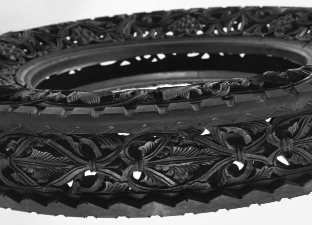 engraved rubber tires Wim Delvoye 10
