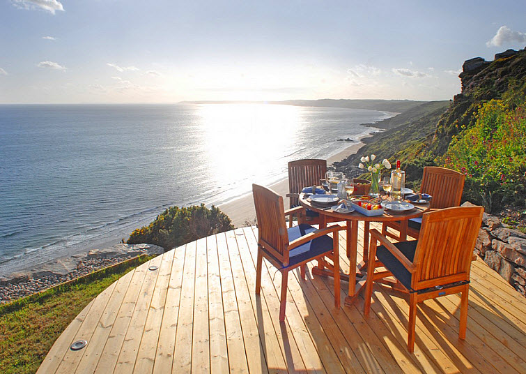 ocean breakfast The Edge Whitsand Bay, Cornwall