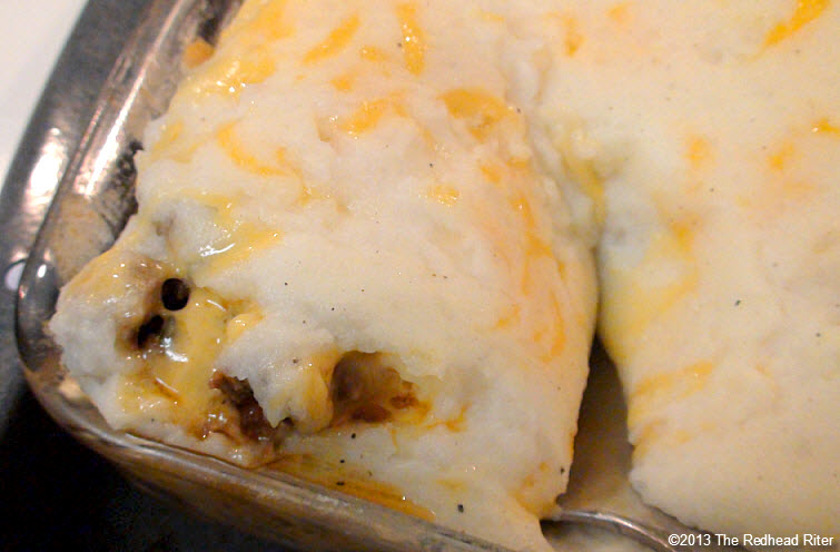 shepherds pie layer of potatoes with cheese
