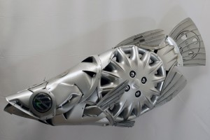Car Part Art – Old Recycled Hubcaps Into Awesome Sculptures