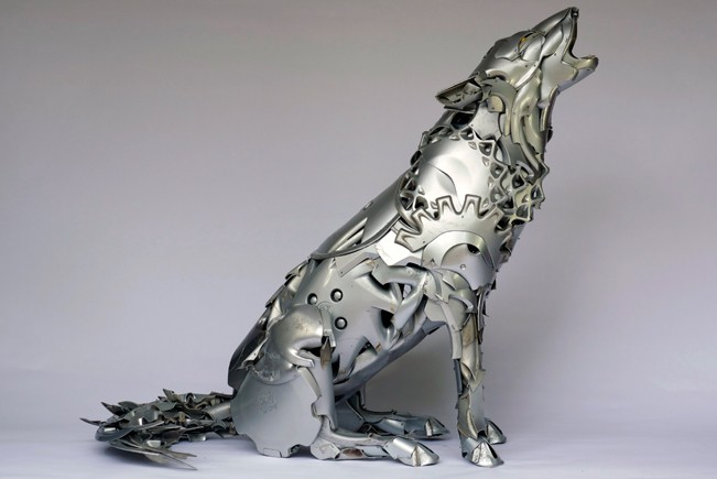 arctic-wolf Car Part Art - Old Recycled Hubcaps Into Awesome Sculptures