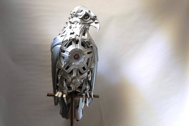 eagle Car Part Art - Old Recycled Hubcaps Into Awesome Sculptures
