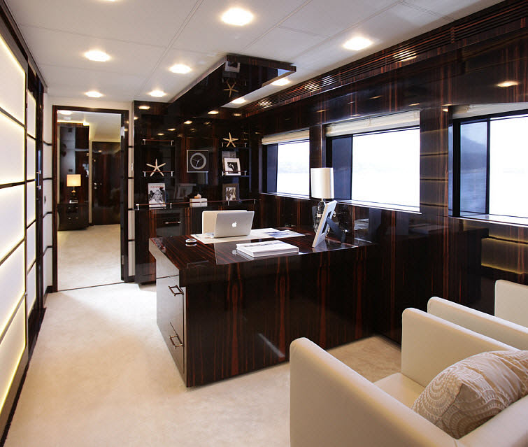 Tamsen Yacht  office