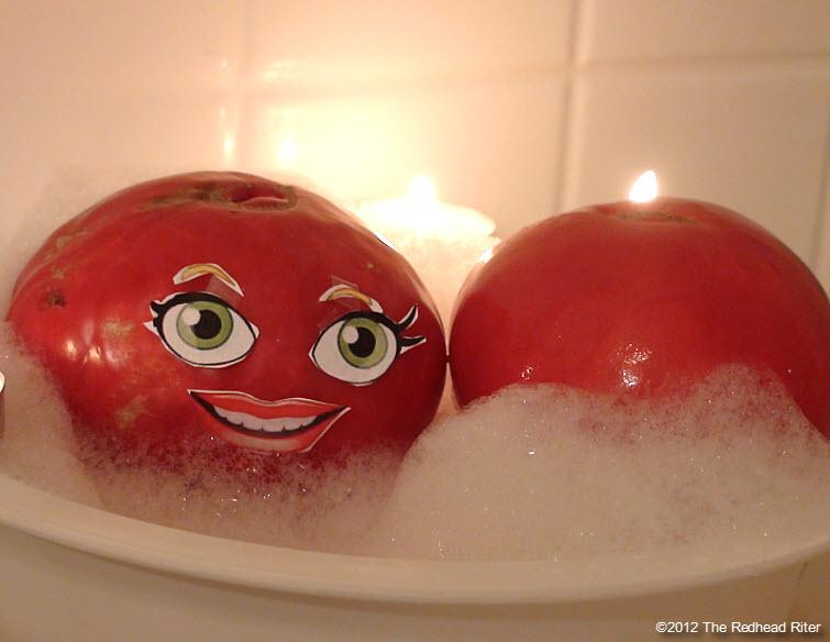 naked tomato couple bubble bath 1