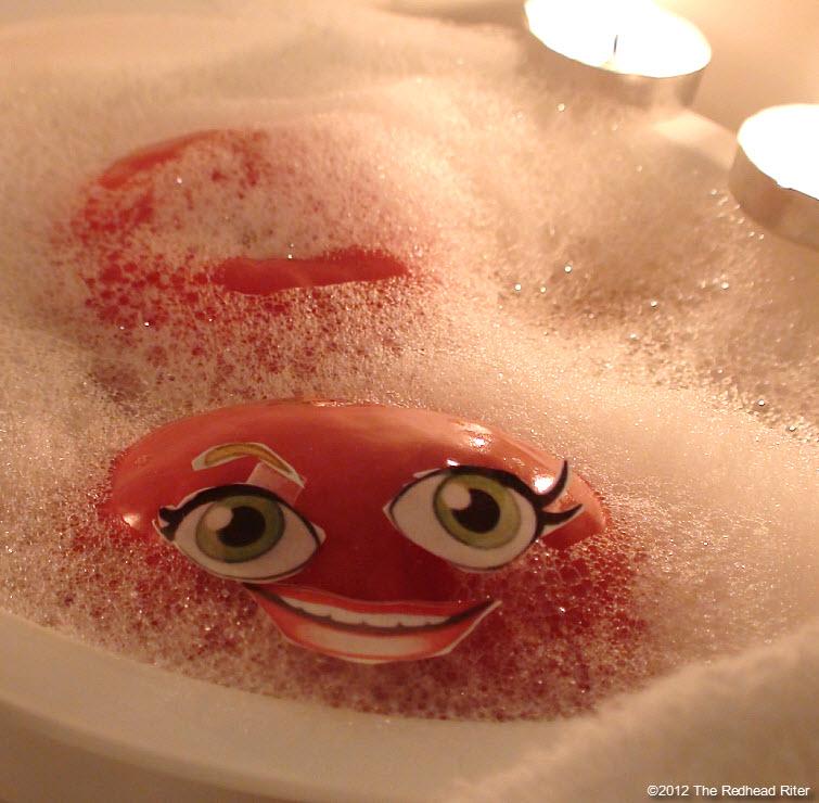 naked tomato couple bubble bath 10