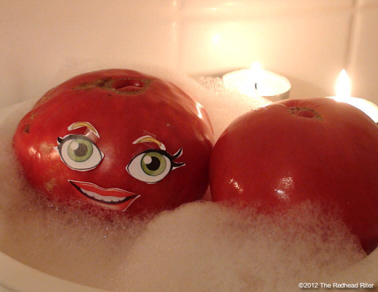 naked tomato couple bubble bath 2