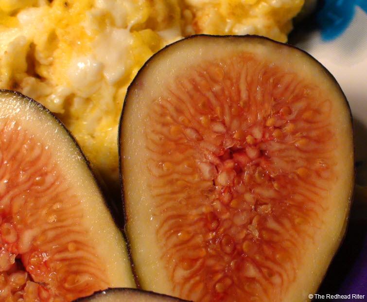 ripe sweet figs cut in half