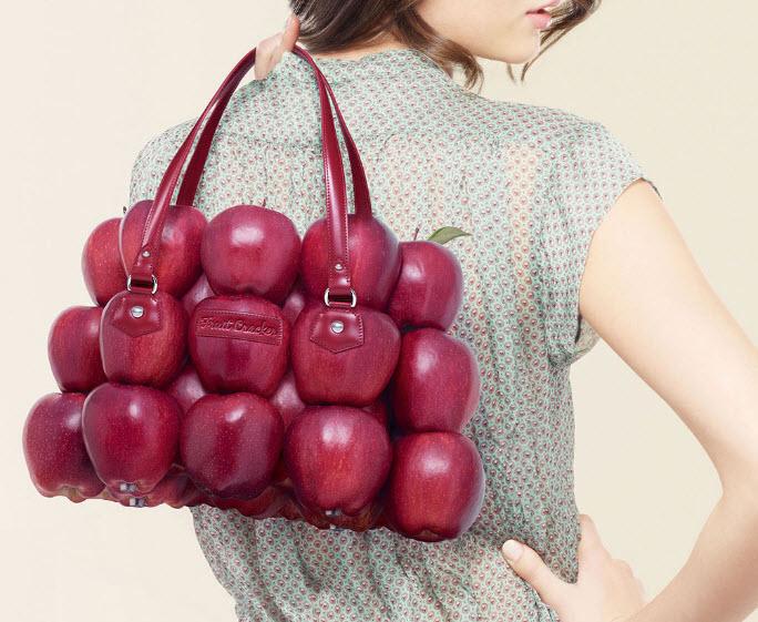 Fulvio Bonavia photographer  apple purse