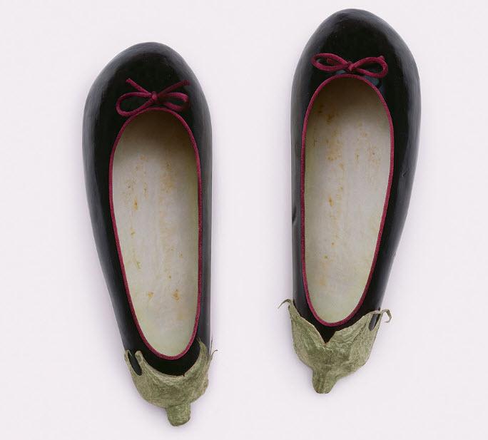 Fulvio Bonavia photographer eggplant shoes