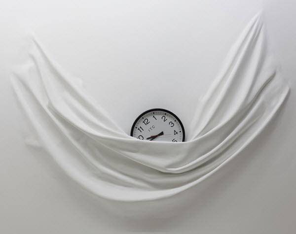 Daniel Arsham, Like A Sheet clock