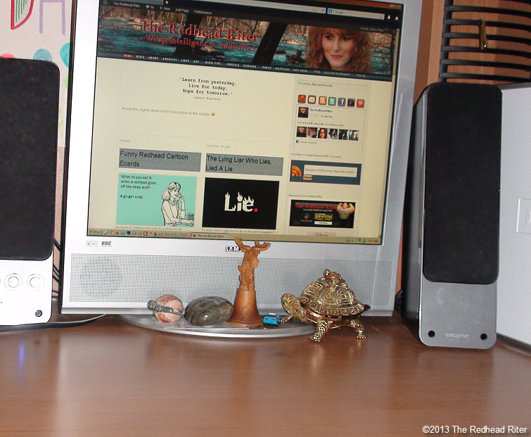 clean computer desk relaxing clean
