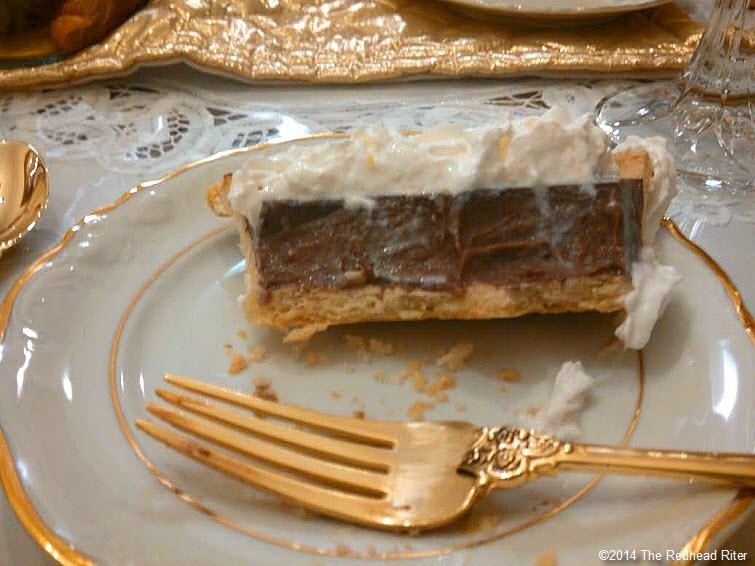 moms chocolate pie gold flatware china