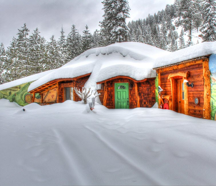 The Shire Of Montana – Real Hobbit House In MT18